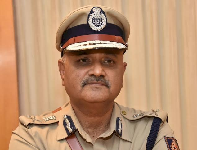 State police chief,Praveen Sood warns strict action against hospital for denying treatment