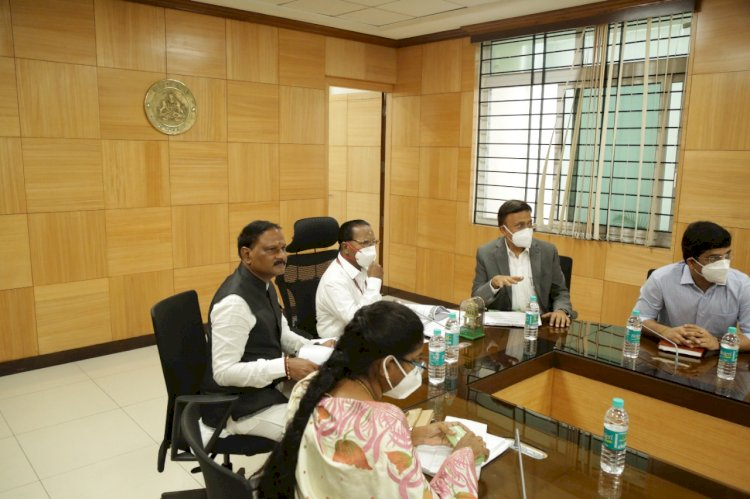 *Meeting held by Member of National Commission for Safai Karmachari*